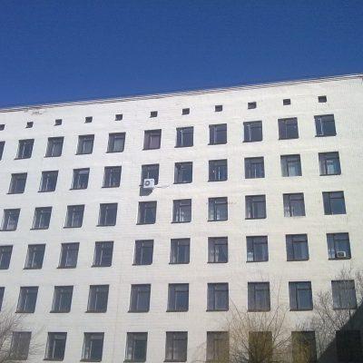 Одинокая бородавка на фасаде корпуса :-)